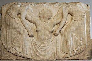 Afrodita se rojeva iz morske pene,  Velika Grčija (Magna Graecia), med 800 in 460 pr. n. št.
