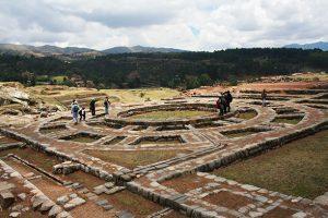 Nova Akropola - trije-stolpi
