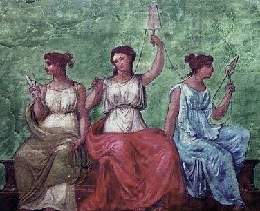 Nova Akropola - sojenice3